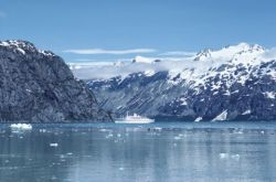Cruise ship, Glacier Bay, Alaska
