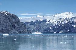 Cruise ship, Glacier Bay, Alaska